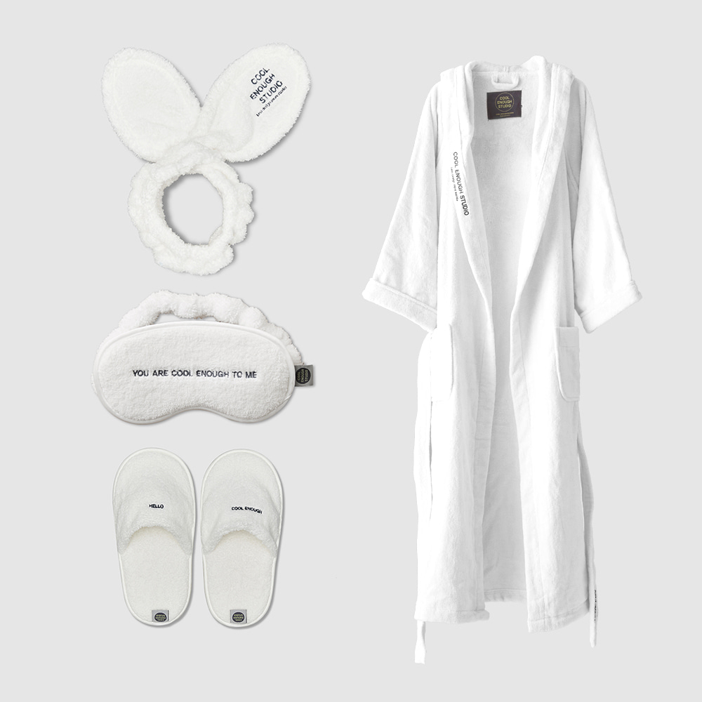 THE ROBE + THE BAND + THE SLEEPING MASK + THE TOWEL SLIPPERS