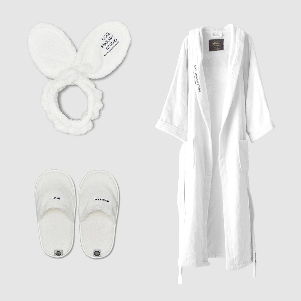 THE ROBE + THE BAND + THE TOWEL SLIPPERS