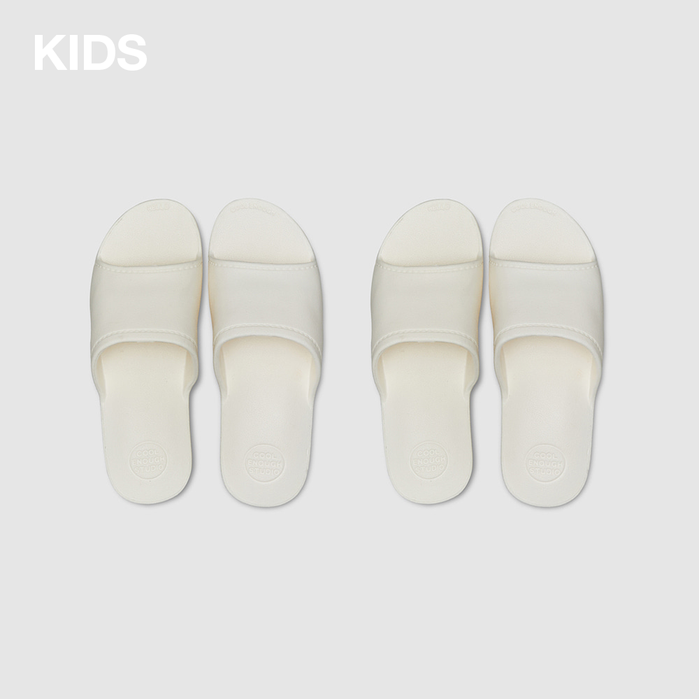 THE PLASTIC SHOES [1+1] KIDS